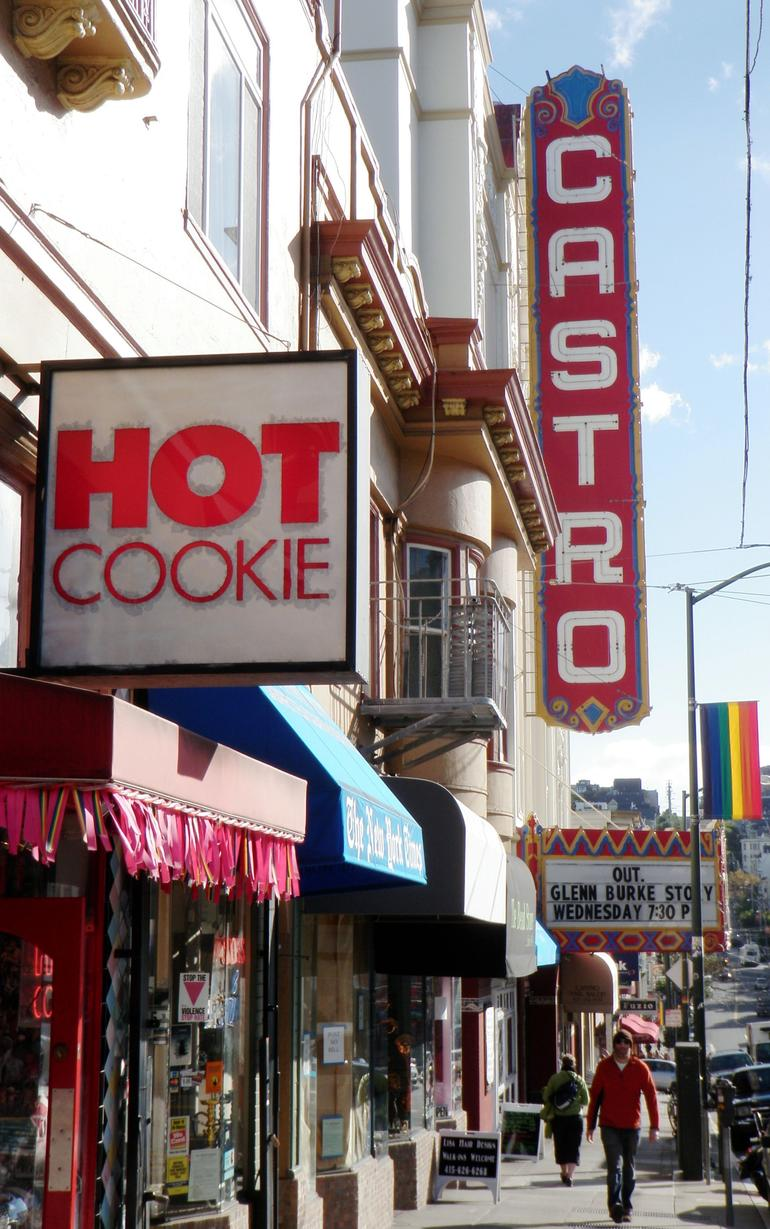 Castro St - HOT cookie.JPG - San Francisco