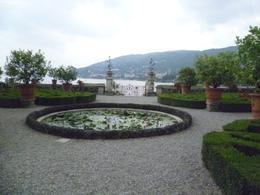 Gartengestaltung im Barock-Stil -Schloss Borromeo , Gina - September 2013
