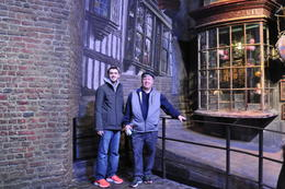 hanging out in Diagon Alley , Jeans vaca - January 2017