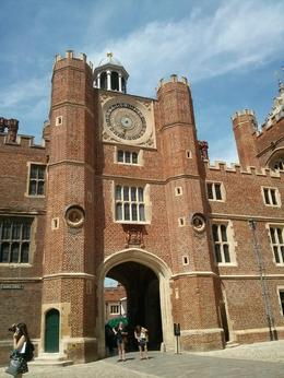 A nice courtyard at Hampton Court Palace. , thepea - July 2014