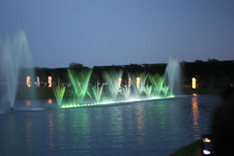 Fountain show - Versailles