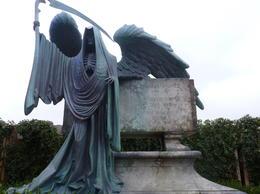 Tom Riddle's Grave , Jessica T - September 2013