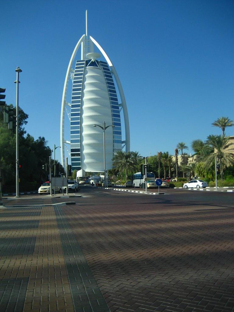 Dubai's Famous Landmark - Dubai