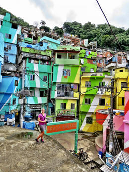 Colorful favelas - May 2013