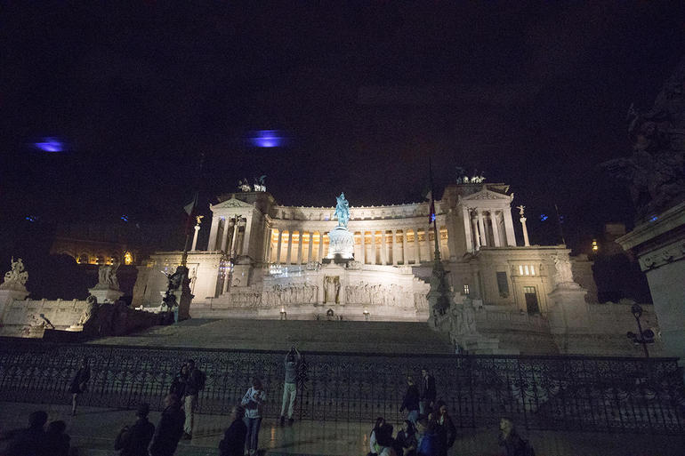 Rome by Night Tour Including Dinner photo 28