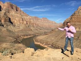 James in front of Grand Canyon , Ruben V - January 2017