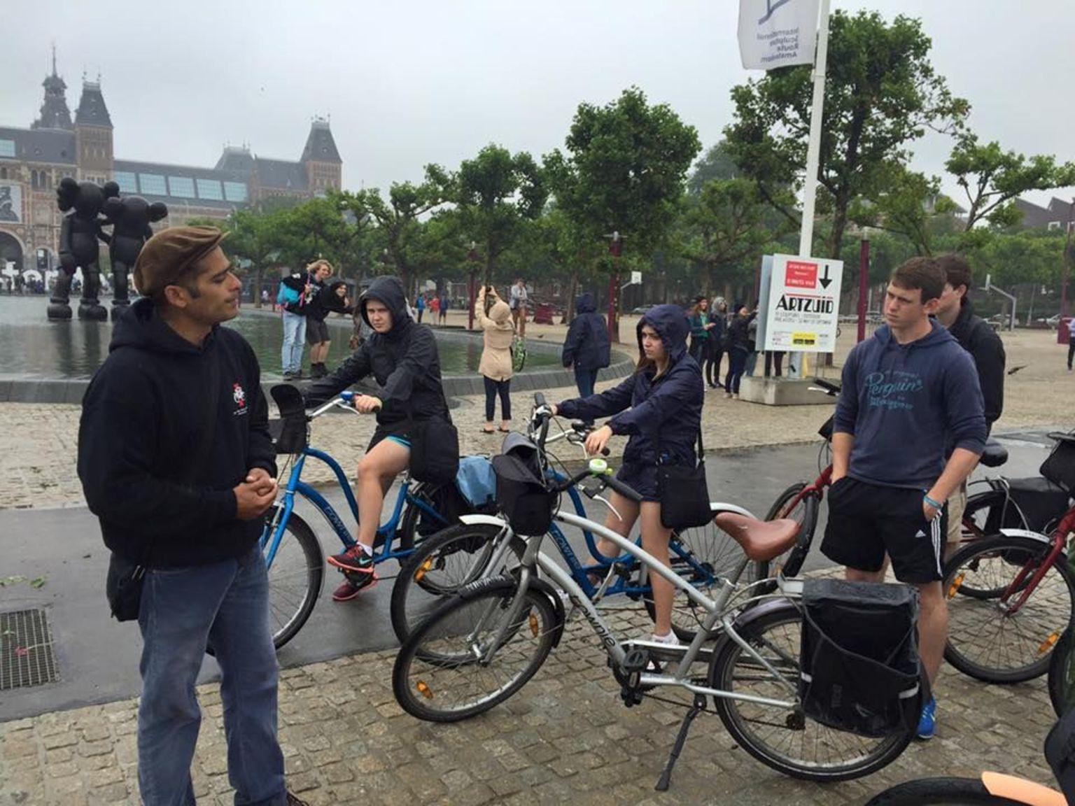 MAIS FOTOS, Excursão de bicicleta pela cidade de Amsterdã