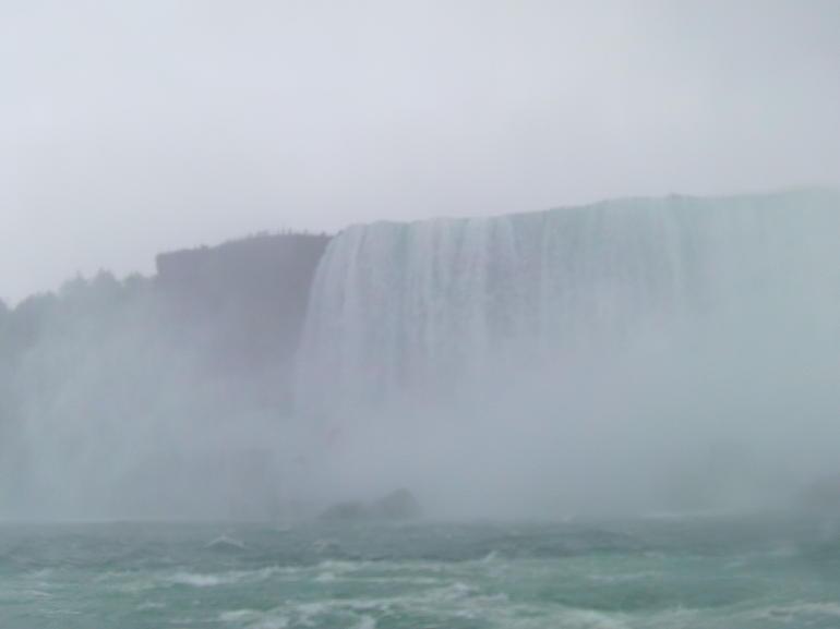 temps-pluvieux-chutes-du-niagara