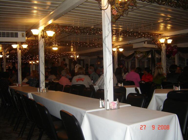 Memphis Riverboat - Memphis