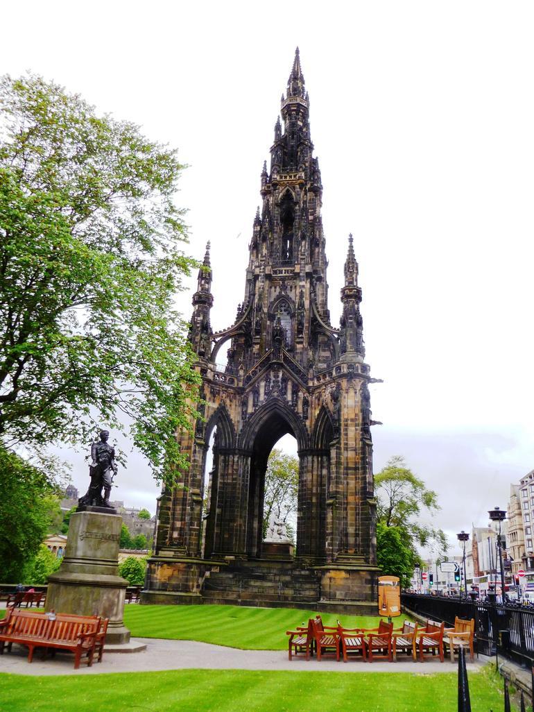 Edinburgh, Sir Walter Scott Monument 1 - Edinburgh