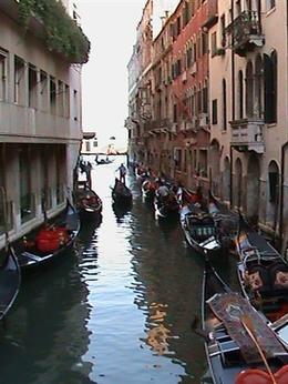 Gondolas in waiting, Kevin S - August 2009