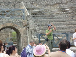 Seeing Pompeii is nothing without the story! , Gray W - July 2013