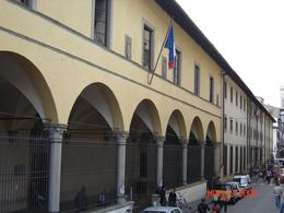 The entire length of the Accademia Gallery from outside., Nabarun N - June 2008