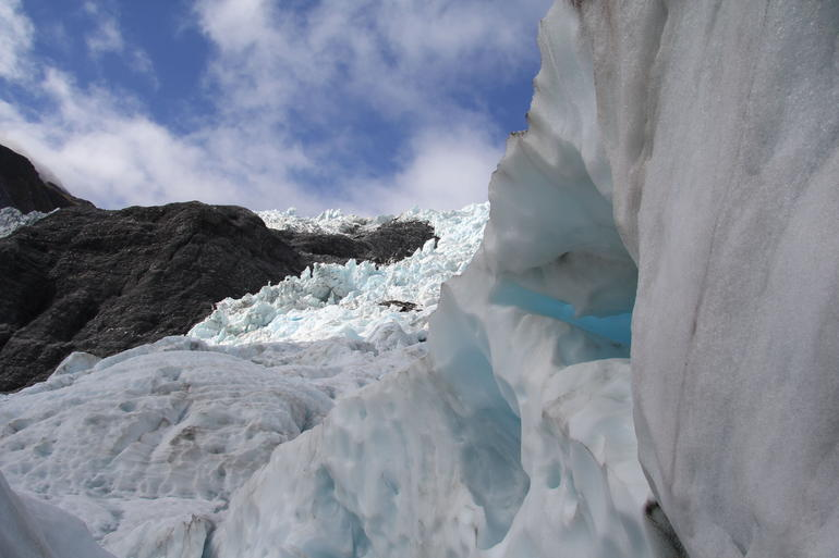 Blue sky - Franz Josef & Fox Glacier
