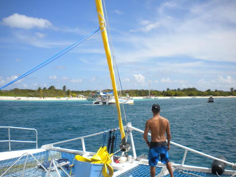 Hello Gorgeous Island - San Juan