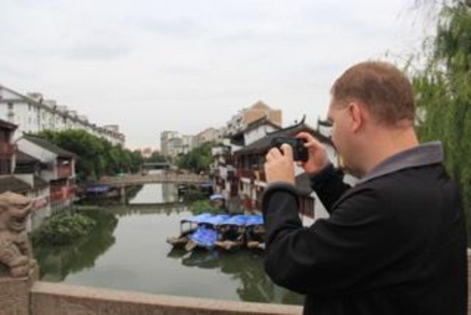 MÁS FOTOS, 4-Hour Food Tour in Qibao Water Town from Shanghai by Subway
