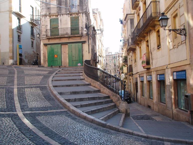 Intricate Alleyways - Barcelona