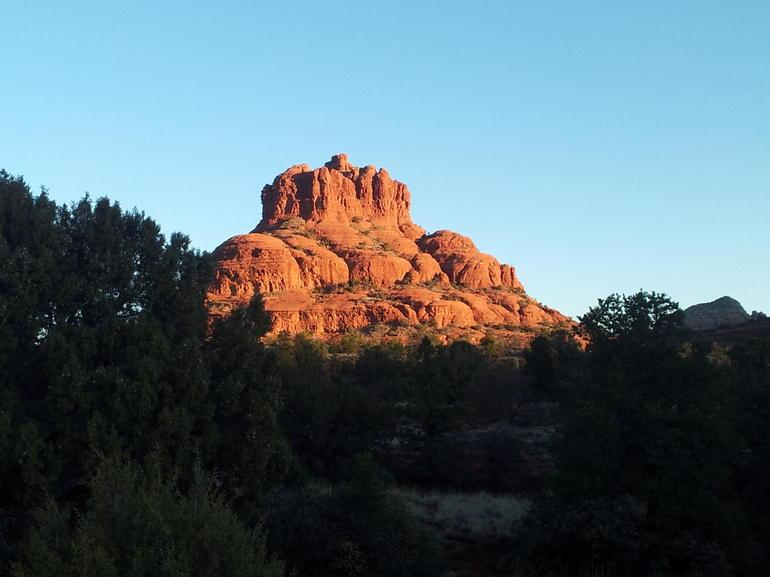 Sunrise at Bell Rock, Sedona. - Phoenix