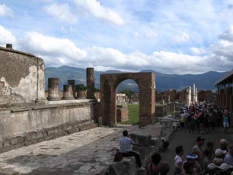 More Pompeii - Rome