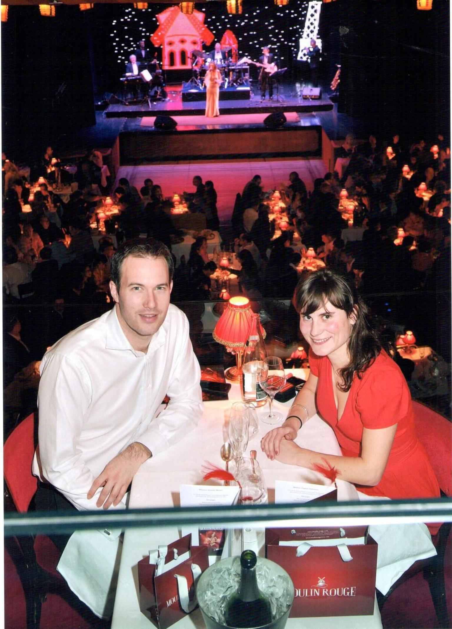 MAIS FOTOS, Paris Moulin Rouge Show with Exclusive VIP Seating & 4-Course Dinner