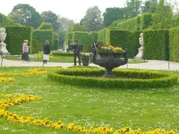 A glimpse of the gardens, Nicoleta M - May 2010