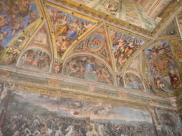 Um dos inúmeros e maravilhosos tetos do museu do Vaticano, , PC Rodrigues - September 2013