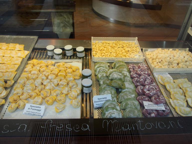 Milan Food Walking Tour of Brera