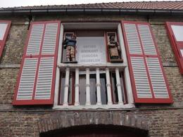 fancy window!, pauloaguzzoli - March 2013