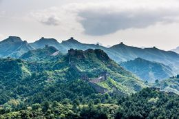Overcast sky at the Great Wall. , Chanindh - August 2015