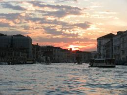 Venice canal cruise at dusk - beautiful., Igor J - October 2007