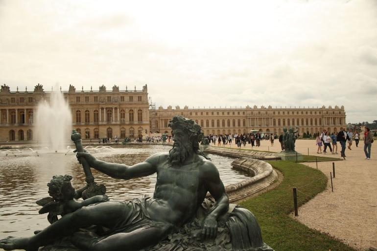 Fountains & Palace - Versailles