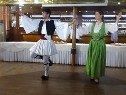 Curtindo um show de danças gregas , Francisco F - July 2015