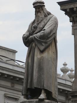 Leonardo stands on a pedestal opposite La Scala. , Roderick C M - September 2014