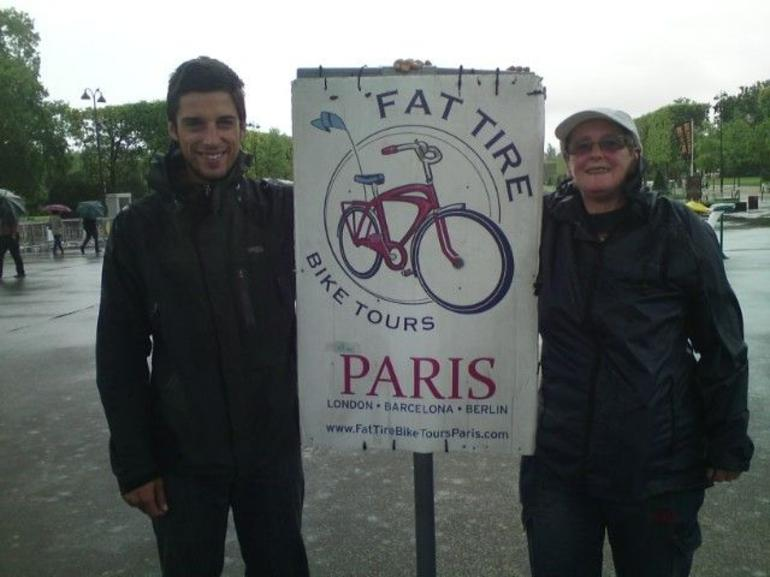 Andre and Caz Bike tour - Paris