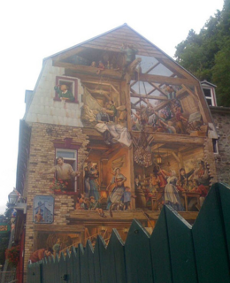 Mural on Rue du Petit-Champlain., kellythepea - October 2010