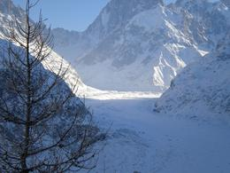 Great views over the Mer de Glace when you get off the train. Unfortunately, if you go in December the ice caves are closed for maintenance. Still worth the visit, though. There is a cafe and gift ... , Marie W - December 2009