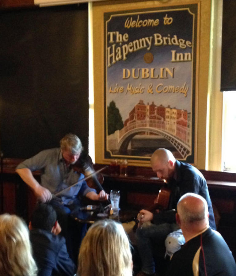 Dublin Traditional Irish Musical Pub Crawl