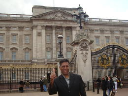 I was standing in front of Buckingham Palace , Vinayen C - May 2013