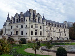 Chenonceau..........the Ladie's Chateaux , Cynthia C - January 2016
