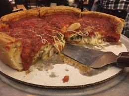 deep dish pizza , Lorenext - January 2016