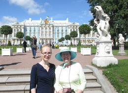 Margaret with tour guide Veronica at Catherine's Palace. , Alex M - August 2016
