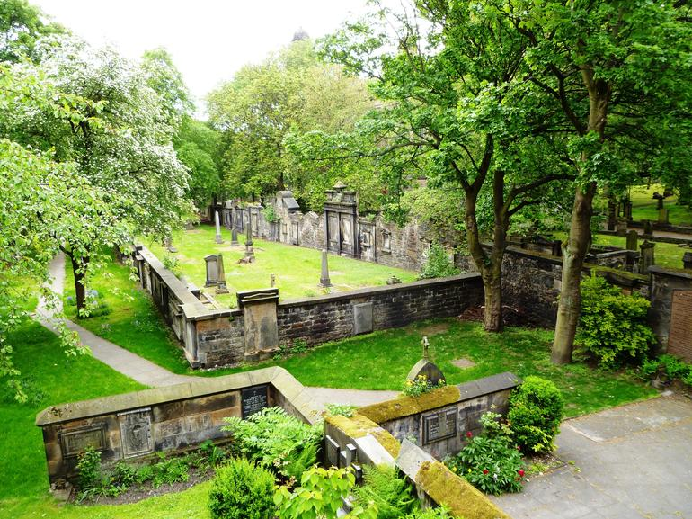 Edinburgh, St. Cuthberts Burial Ground 1 - Edinburgh