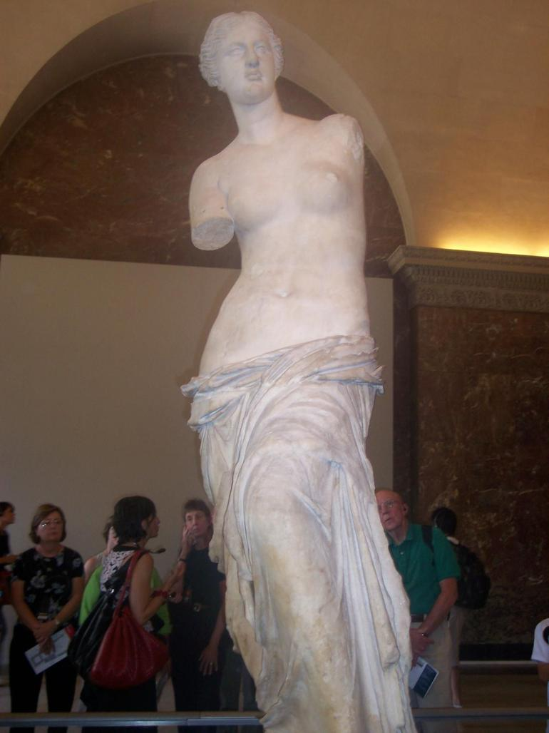 Louvre Statue - Paris
