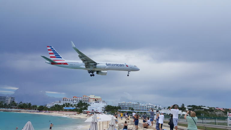 St Maarten Half-Day Trip to Orient and Maho Beach