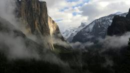 Yosemite Valley after a winter storm. El Capitan on the left; Half-dome in the distance., Doug VK - March 2011