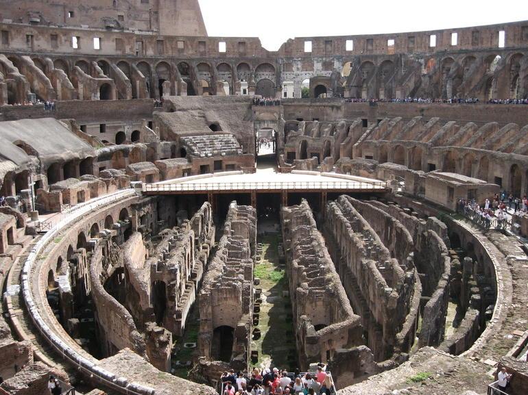 Colosseum - 16.09.12 - Rome