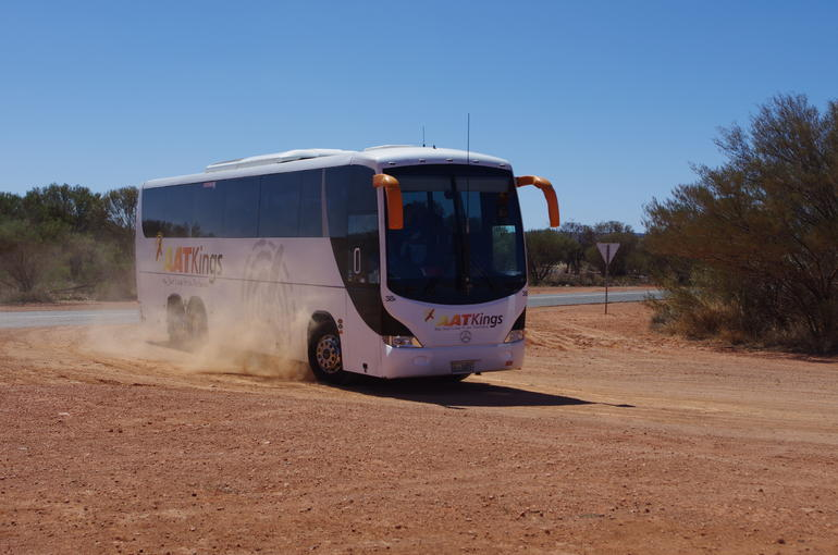 Connecting Coach - Ayers Rock