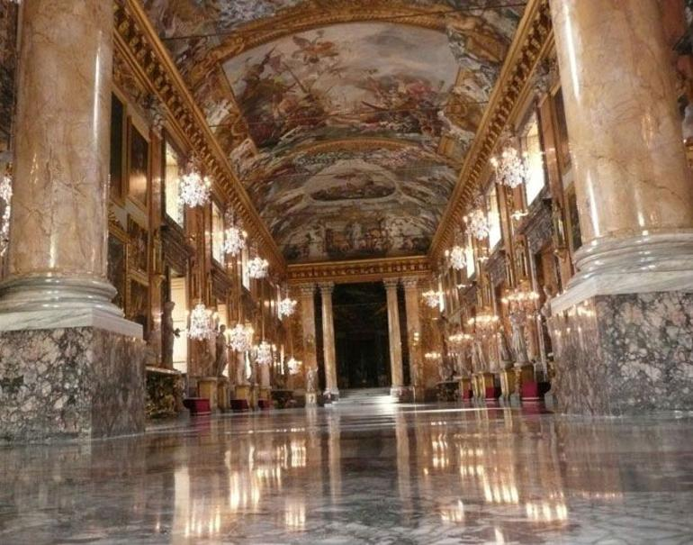 The Main Gallery - Rome