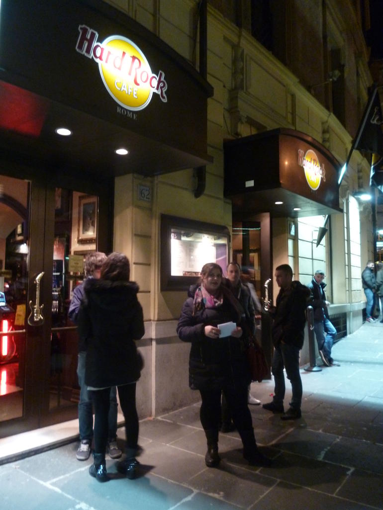 Skip the Line: Hard Rock Cafe Rome Including Meal photo 23