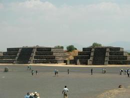 Some pyramids , LukaRayo - May 2011